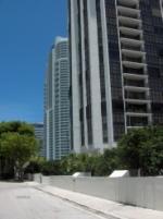 19-Espacio de oficina para alquilar, localizado en Brickell, Miami FL