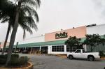 27-Centro comercial en North Miami, Florida bajo ejecución hipotecaria
