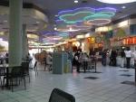 28-96.000 pies cuadrados del centro comercial en Hialeah, Florida