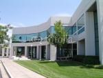 52-40,000 pies cuadrados de un solo piso edificio de oficinas para la venta