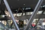 70-Centro comercial con Starbucks como inquilino a la venta-VENDIDO