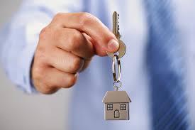 226- Pequeñas casas en el patio trasero para albergar familias sin hogar en Portland